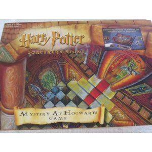HARRY POTTER Mystery at Hogwarts 2000 Board Game